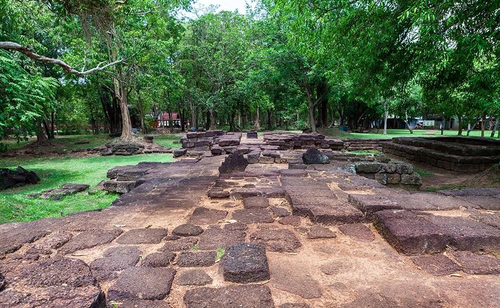 เมืองโบราณศรีมโหสถ ที่เที่ยว ปราจีนบุรี